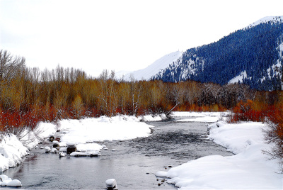 Winter_river